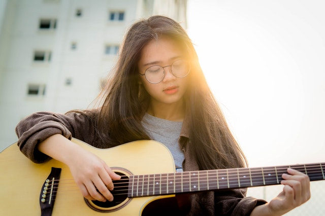 Are guitar lessons worth it
